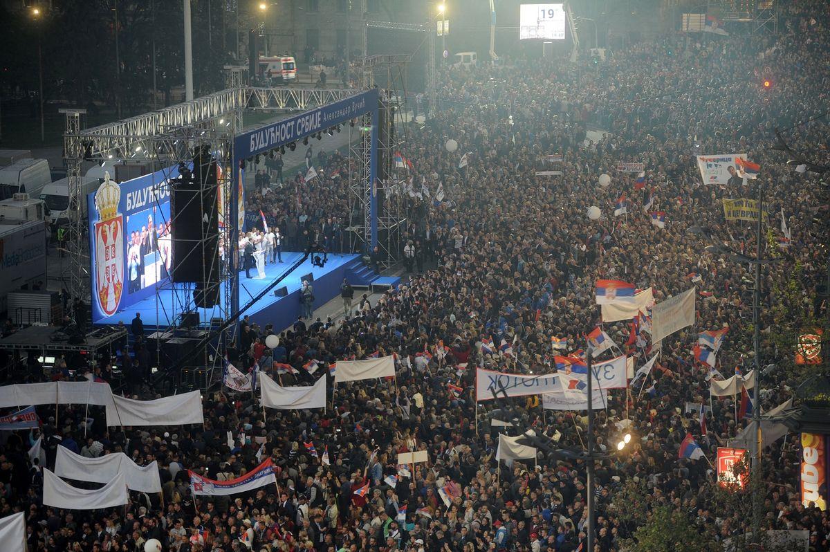 Обраћање председника Вучића на скупу у Београду, у оквиру кампање